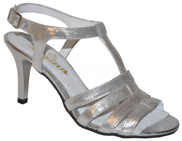 02d6a9714d2b Elegantné kožené sandálky - strieborné - kabelkyaobuv.sk - Xandra ...