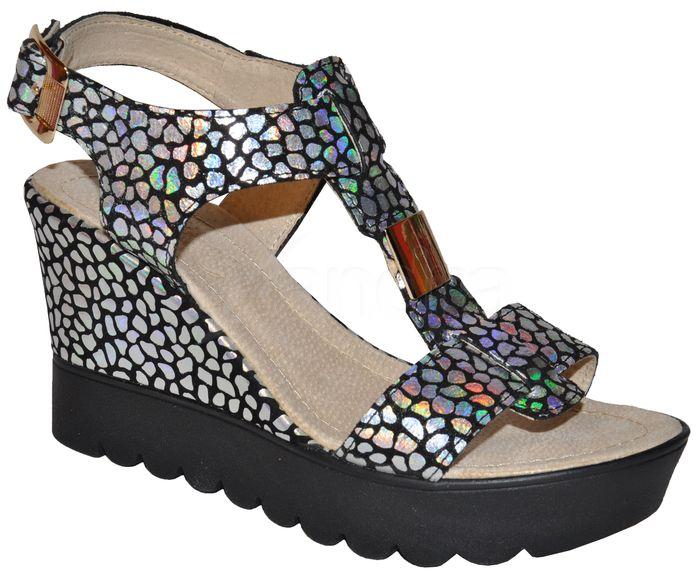 aee6a079c42f Dámske kožené sandálky PRIMA 9022 - čierno-strieborné - kabelkyaobuv ...