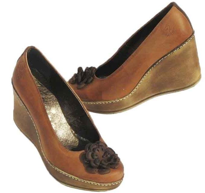 xKožené topánky na platforme KARINO - hnedé - kabelkyaobuv.sk ... 879af9ef1d4