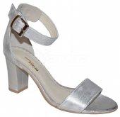 Dámske kožené spoločenské sandálky PRIMA 9025 - strieborné 8aa5aa600ae