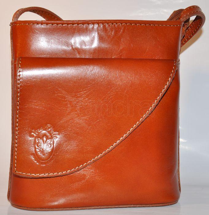Štýlová kožená crossbody kabelka - škoricová Štýlová kožená crossbody  kabelka - škoricová ... 86813c95506