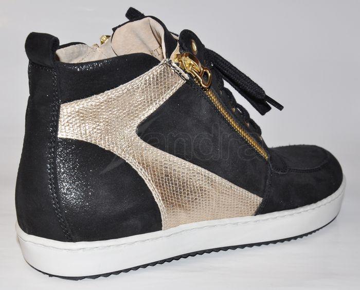 Kožené elegantno-športové topánky KATI - čierno-zlaté - kabelkyaobuv ... fd658ff9b21