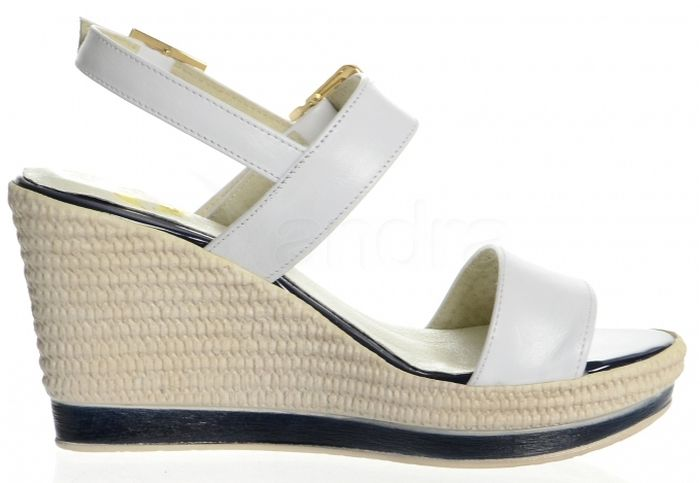 f05392988d Kožené sandále na platforme K885 OLIVIA SHOES - biele - kabelkyaobuv ...