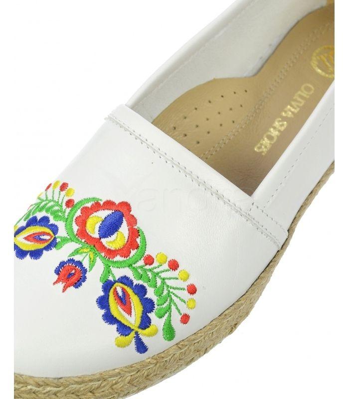 b19fd6768 ... Kožené balerinky Olivia Shoes s folklórnou výšivkou DBA028 - 9527 -  biele ...