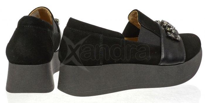 28e672fdc8 Dámske kožené poltopánky Olivia Shoes DTE065 - 9840 - čierne ...
